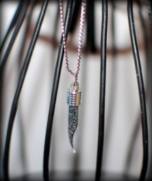 fireice_infinite-days-necklace